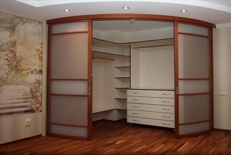 Угловой шкаф в гостиную фото дизайн идеи