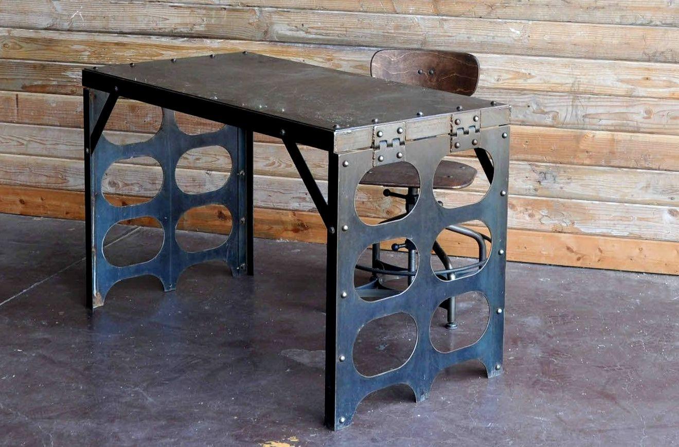 брутальный стол в стиле лофт