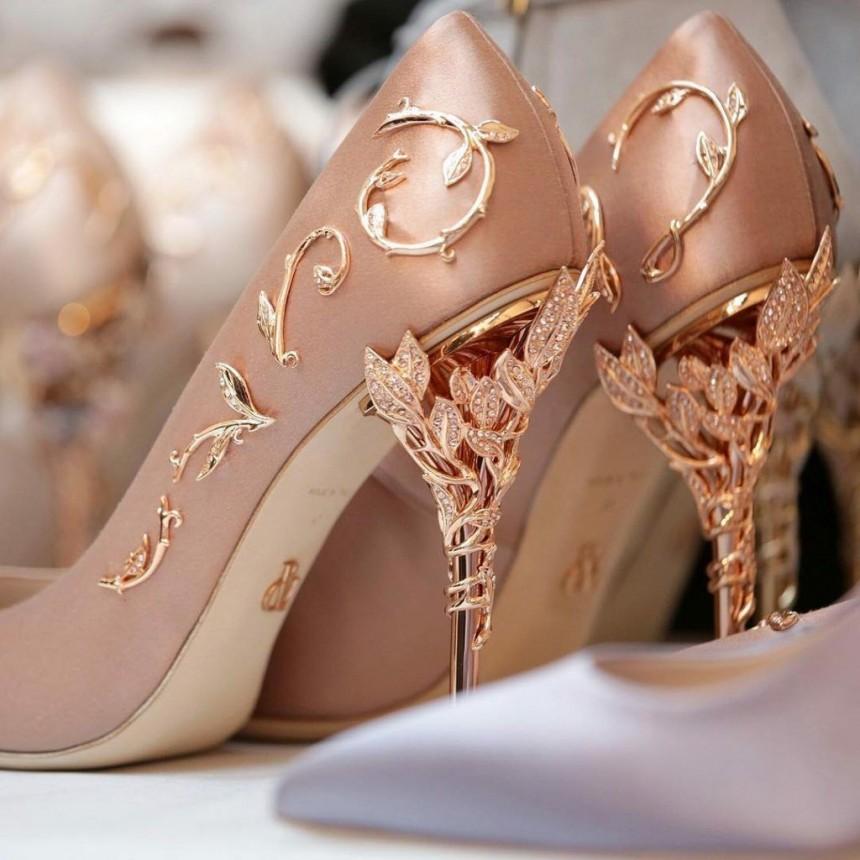остальных красивая пара туфель фото это когда блок